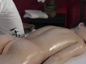 Massage Rooms Tall Russian model has sweet pussy