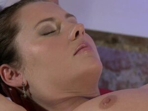 Massage Rooms Starlet Zuzana gets special