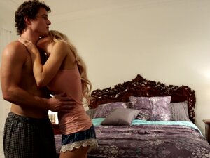 Stunning blonde Alix Lynx has a great time being