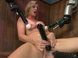 Sexy Jessica Heart gets toyed by a machine in a
