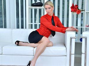Uma Zex in Sexy Blonde - Anilos, Uma Zex enjoys