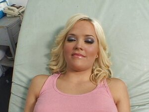 Alexis Texas got fucked by the doctor