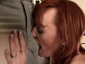 Redhead Helga gets her mature pussy stretched