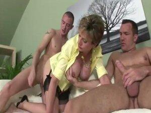 Cock loving mature brit gets cumshots