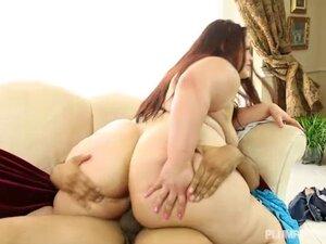 Big Booty Latina Victoria Secret Takes Cock Deep