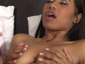 The Habbits of Jenna Foxx and Kira Noir Involves