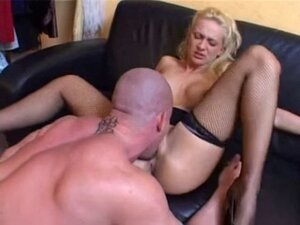 Blonde hardcore training with toy