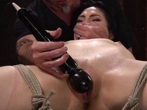 Dark haired slut pussy fucked in suspension