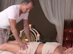 Cocksucking massage client and an old masseur,