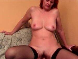 Redhead mature big booty ride
