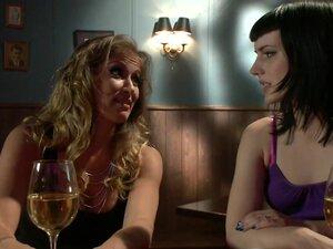 Cuckold Done The Lesbian Way