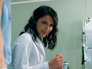 Brazzers - Doctor Adventures - A Nurse Has Needs