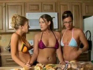 Lesbian nextdoor milf sex scene 12