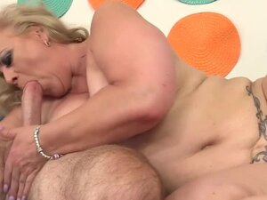 Horny Grandpa Has Hot Mature Sex with Chubby
