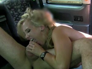 Bigtitted english amateur rammed in back of cab