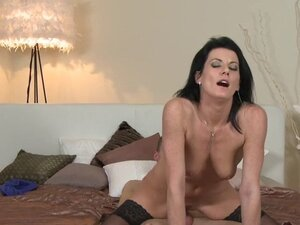 Hot lady in panties fucking in bed