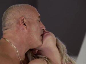 Couple fucks old man xxx Finally at home, finally