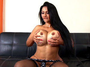 Cielo demonstrates her giant tits and big