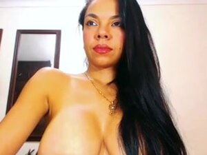 Sexy Colombian Latina With Big Ass and Milking