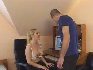 Big titted babe wearing bra enjoys being fucked