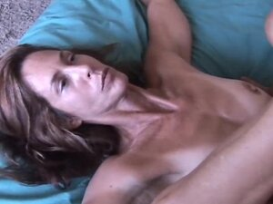Very sexy MILF babe Sherry loves to fuck