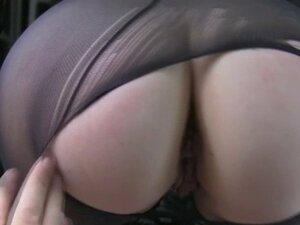 Kinky passenger in pantyhose analyzed to off her