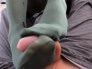 Footjob nylon amateur, FOOTJOB NYLON AMATEUR