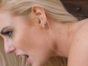 Blonde Victoria Stephanie gets fucked hard for
