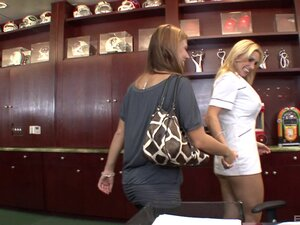 Hot ladies Tanya Tate and Stormie White want to