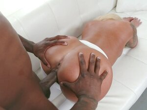 Brandi Bae gets pussy drilled through ripped