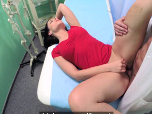 Roundass babe gets banged by doctor