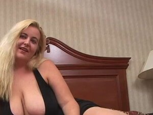 Devilz Candy Swallows A Load BBW, Big Tits Blonde