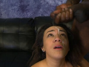 Black Ghetto Whore Getting Her Face And Pussy