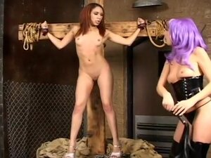 Sexy Kelly Wells Is A Brutal Dominatrix
