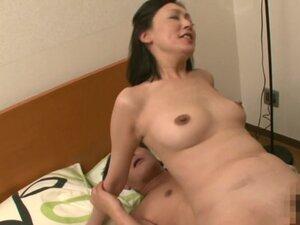 Ayumi Takanashi hot mature Asian babe enjoys