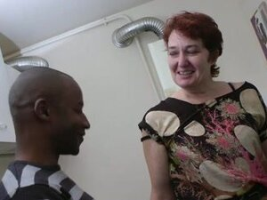 Interracial fucking a mature whore in doggystyle,