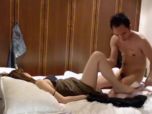 Hotel room sex with Asian girl,