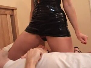 Rose Wood puts her pussy and ass in a guys face