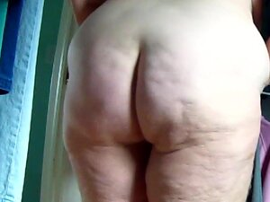 Big Butt Housewife s Fat Jiggly Ass Exposed 4, Yet
