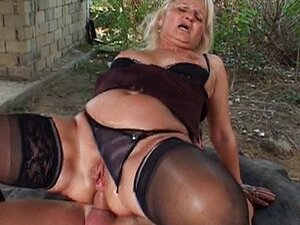 Granny fucked by redneck on giant tire