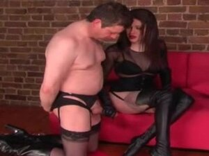 Pussyfied man licks his own cum