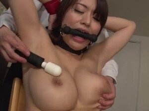 Kaede Niiyama gets her tight vagina nailed