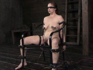 Pathetic sub gets electrosex treatment
