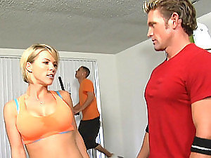 Sexy Gym Instructor Fucking In Front Of Public Gym