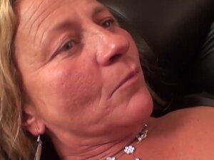 Sarah Dark & Lisa Oma in Fucking Granny With A