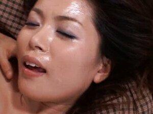 Miki Sato lovely nipponjin mom enjoys