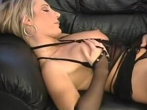 Dominant Slut Uses Her Own Fingers, Sexy Marta