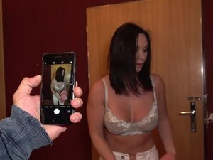 Public Agent Alysa Gaps tight Russian pussy takes