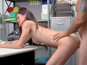 Sofie Marie leaned on the desk and got her pussy