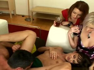 Renato, Gloria, Abbie Cat, Betty in Sex stop
